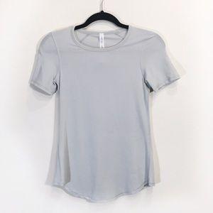 Lululemon Size 4 Light Grey Short-sleeve Shirt